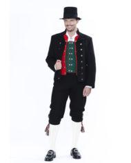 Voss-med-jakke-og-hat-front-Solhjell-jpg-flash_frame610_x_610